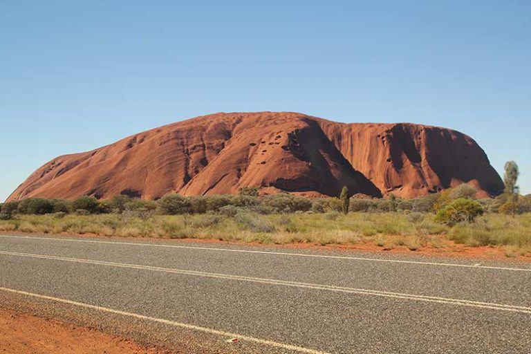 How much does it cost to travel in Australia